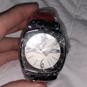 FREE New Geneva wrist watch